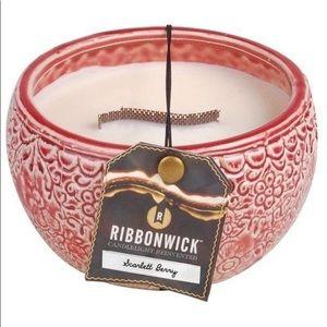 Woodwick Ribbonwick Medium Round Scarlett Berry